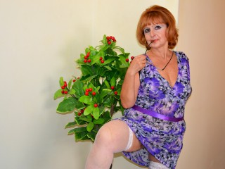 Join and watch Matureextasy4u live on webcam