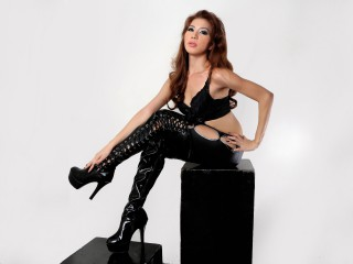 Join and watch Mistressdollxx live on webcam