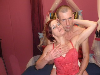 Join and watch Sexzombs live on webcam