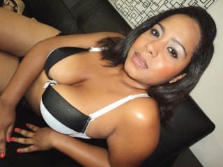 Join and watch Tottygigy live on webcam