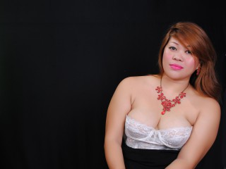 Join and watch Wetnwildmama live on webcam